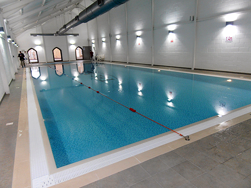swimming pool roobarb 39 s retreat holiday cottage in filey